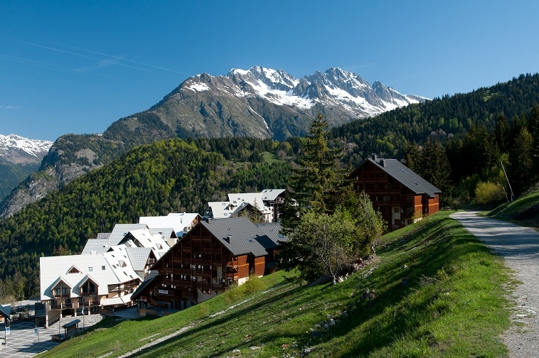 week-end-sensation-vtt-sejour-groupe-oz-en-oisans-alpe-dhuez-alpes-isere-village-ternelia
