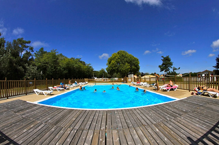 R duction aux portes de noirmoutier vend e for Piscine noirmoutier